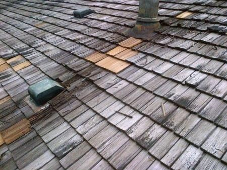 How To Deal With Roof Issues Easily Roof Shingles Wood Roof Shed Roof Felt