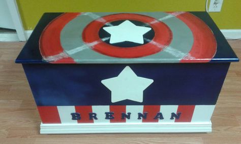 ON SALE Captain America toy box, toy chest, toy storage, Super heroes toy box, Personalized toy chest, Kids furniture, boys bedroom ideas
