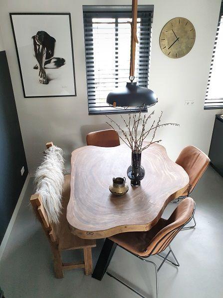 Een eettafel met een unieke vorm en meer!   Huizedop