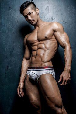 Asian muscle boy