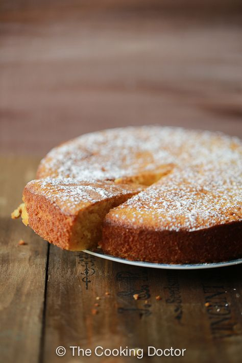 honey almond cake : super good cake and quite easy to make (15-06-2014)