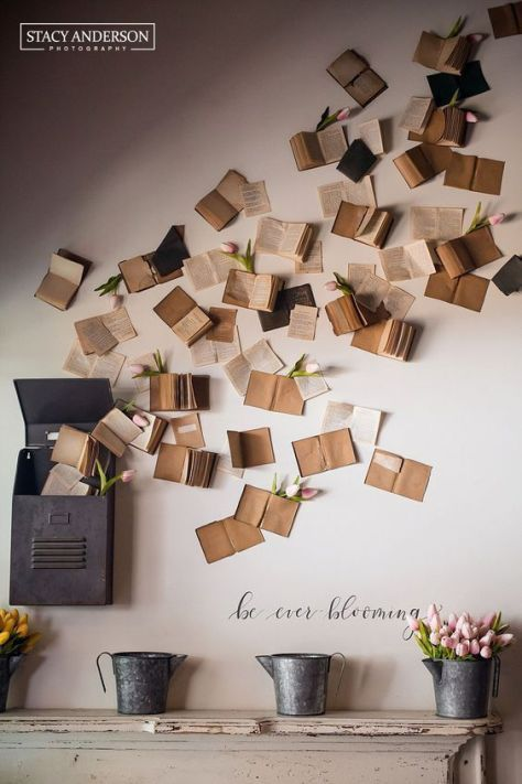 12 Unbelievable Decoration Ideas With Old Books Diy Wall Decor