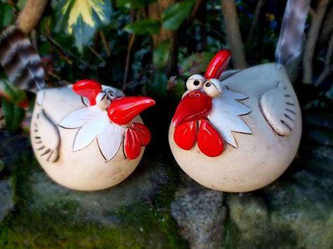 http://de.dawanda.com/product/42302226-Gartenkeramik-Skulptur-Huhn-Kueche-Vogel-Henne-Hahn