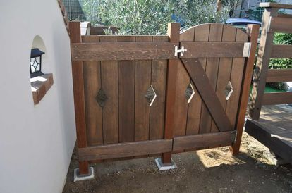 Diyで作る おしゃれな門扉 画像カタログ集 引き戸 フェンス 木製 価格