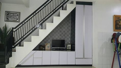 contoh desain lemari bawah tangga | ide dekorasi rumah