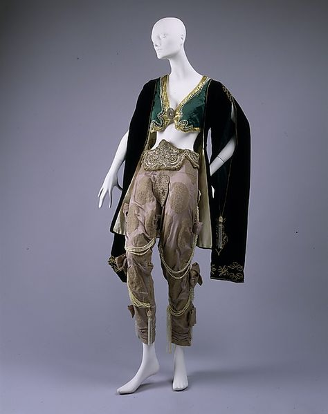 Léon Baskt fancy dress costume ca. via The Costume Institute of the Metropolitan Museum of Art Theatre Costumes, Ballet Costumes, Ballet Russe, Russian Ballet, Costume Institute, Fantasy Dress, Historical Costume, Character Outfits, Character Design Inspiration