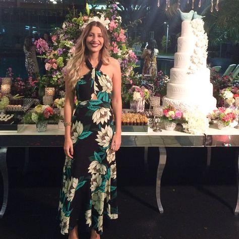 c6e8fcd5c Vestido longo floral dama 🌸REF: 265494De R$ 369,00 por R$332,10Usando o  código 👉🏼e923👈🏼 no campo da vendedora nas compras pelo site ,além do  desconto ...