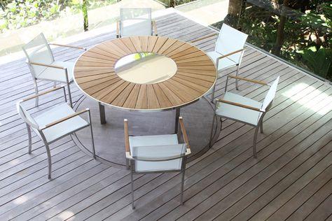 Table ronde avec plateau en teck et inox pouvant recevoir 6 ...