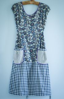 Pleasant View Schoolhouse: Simplicity Dottie Angel Smocks to Camp In ( nice, but w/ the bottom panel started lower. Sewing Aprons, Sewing Clothes, Diy Clothes, Dottie Angel, Smocks, Angel Dress, Aprons Vintage, Retro Apron, Apron Dress