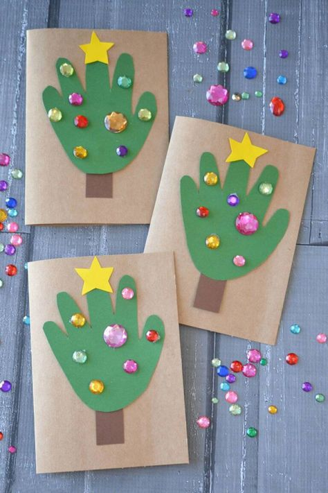 15 Fun Christmas Crafts for Kids - Make these fun crafts for kids
