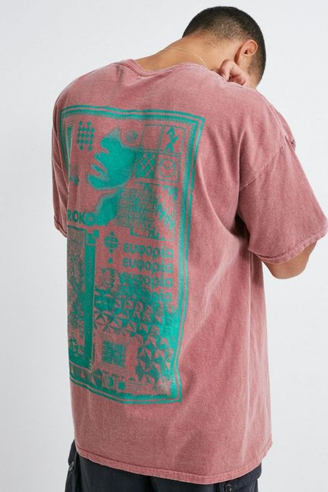 UO Poster Print T-Shirt - red S at Urban Outfitters Urban Outfitters Online, Screen Printing Shirts, Shirt Embroidery, Art Design, Cover Design, Apparel Design, Printed Tees, Graphic Tees, Illustration