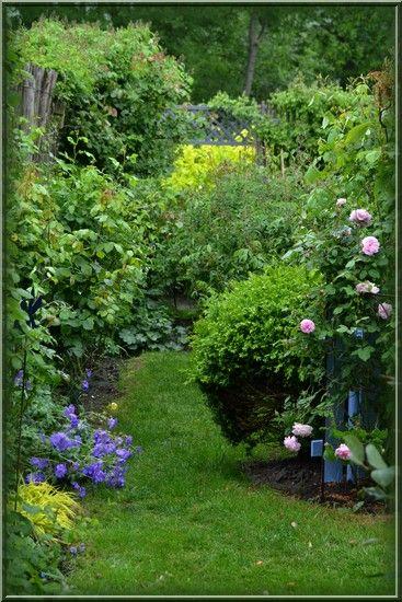 Petales Et Pattes De Velours Joli Jardin Style Jardin Anglais