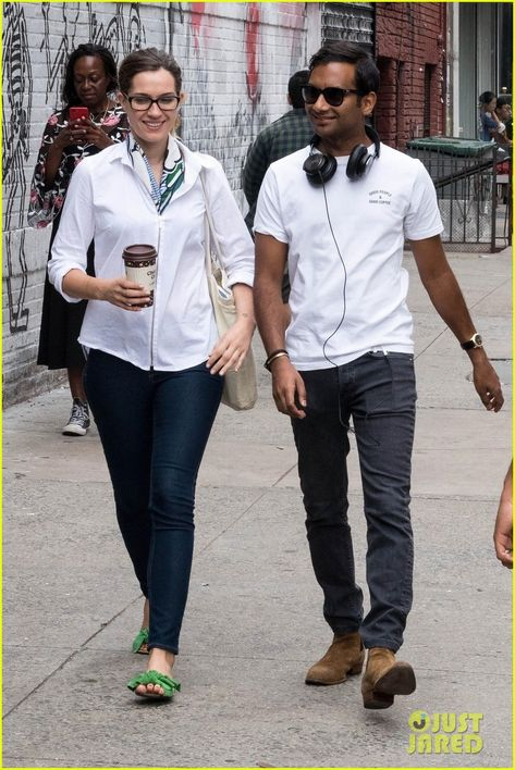 Aziz Ansari Steps Out with Girlfriend Serena Campbell in NYC: Photo #4150524. Aziz Ansari and girlfriend Serena Campbell appear in good spirits while shopping together on Thursday afternoon (September 20) in New York City. The 35-year-old…