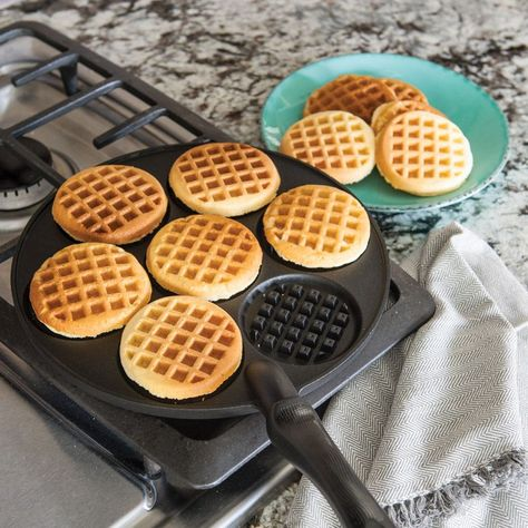 Nordic Ware Waffle Griddle Maker Pan Silver Dollar Cast Aluminum Non-Stick HomeThis heavy cast aluminum waffle griddle ensures even heating. Durable non-stick finish for easy clean up. Easy and effortless clean up. Cool Kitchen Gadgets, Cool Kitchens, Cooking Gadgets, Cooking Tools, Waffle Pan, Turkey Burger Recipes, Snacks Sains, Nordic Ware, Time To Eat