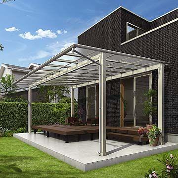 正面デザインパネル付き屋根 アウタールーフ 特長 敷地内のすき間スペースを活用し テラス戸や勝手口に取付けることで生活の幅を広げます テラスのデザイン テラス エクステリア