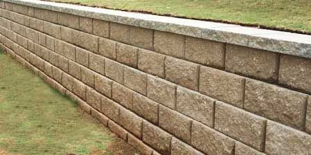 Retaining Wall Calculator And Price Estimator Find How Many Blocks Are Needed To Bui In 2020 Building A Retaining Wall Backyard Retaining Walls Retaining Wall Design