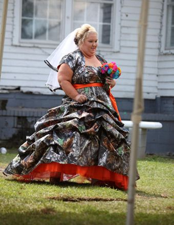 Possibly The Worst Wedding Ensemble Ever Funny Pinterest Mama June Boo And Boos