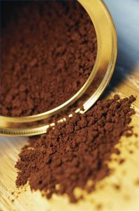 use coffee, tea, or spices to dye your hair