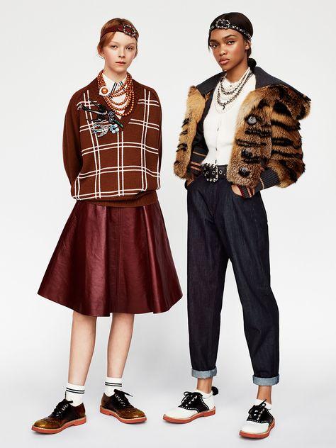 http://www.vogue.com/fashion-shows/pre-fall-2017/miu-miu/slideshow/collection