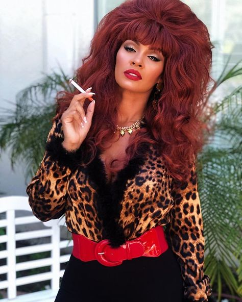 Evelyn Lozada as Peggy Bundy