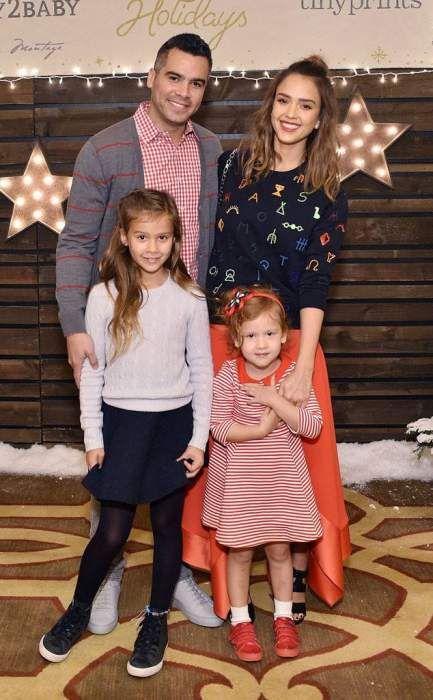 Jessica Alba Lifestyle Wiki Net Worth Income Salary House Cars Favorites Affairs Awards Family Jessica Alba Family Pregnant Jessica Alba Jessica Alba