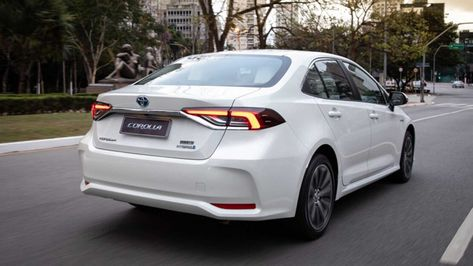 Confira Todos Os Detalhes Do Toyota Corolla Altis Premium Hybrid