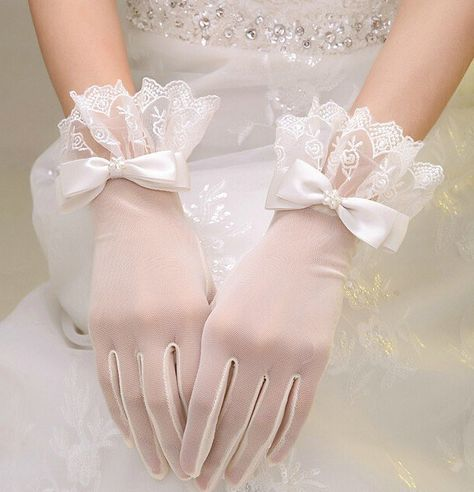 2019 Woman Wedding Gloves Short Wrist Tulle Lace Appliqued With Bow White Bridal. 2019 Woman Wedding Gloves Short Wrist Tulle Lace Appliqued With Bow White Bridal Party Gifts Wedding Accessories New Bride Gloves, Wedding Gloves, Lace Gloves, Lace Wedding, Dress Gloves, Wedding White, Lace Bows, Tulle Lace, Retro Wedding Dresses