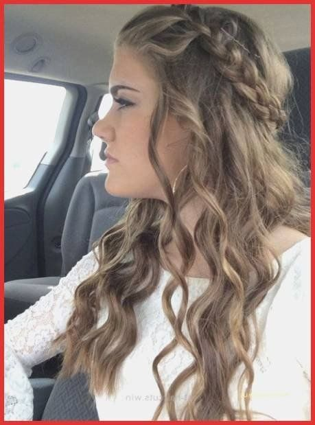 Round Face Long Hair Best Of Long Feathered Hairstyles Elegant Lovely Hairstyles For Round In 2020 Formal Hairstyles For Long Hair Simple Prom Hair Medium Hair Styles