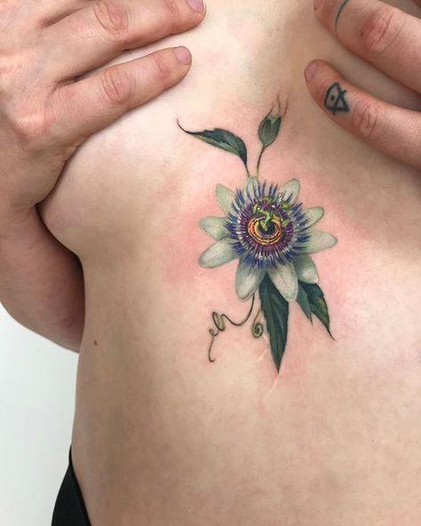 A Passion Flower For Evalleau Flower Vine Tattoos Flower Tattoos Passion Flower