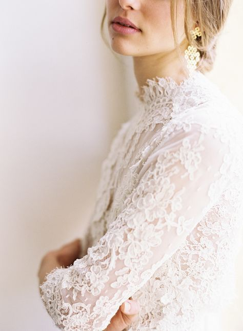 Lace Topper Wedding Dress Lace Wedding Topper Sheer Lace Bodice Wedding High Romantic Wedding Dress Lace Lace Wedding Dress Vintage Wedding Dress Topper