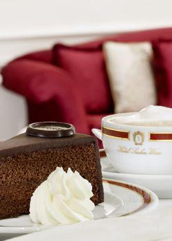 Café Sacher Wien : Traditionelles Kaffeehaus im ersten Bezirk in Wien