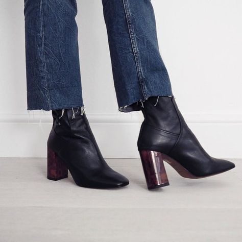 Choose a distinctive style when it comes to the ankle boot with this leather pair. Detailed with a tortoiseshell heel and a zip fastening to the back. #Topshop #TopshopStyle