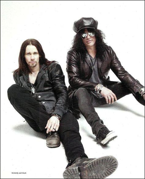Guns N' Roses Slash & Miles Kennedy 8 x 11 pin-up photo magazine clipping print
