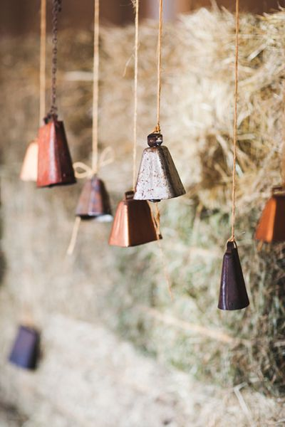 Vintage Cowbell Decor for a Country Wedding | Abby Caldwell #wedding