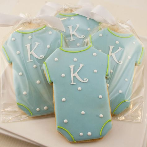 Monogrammed Baby Onesie Cookies 12 Decorated Sugar por TSCookies