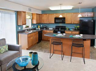 Peninsula Grove Apartment Rentals Hampton Va Zillow In 2020 Rental Apartments The Hamptons Apartment