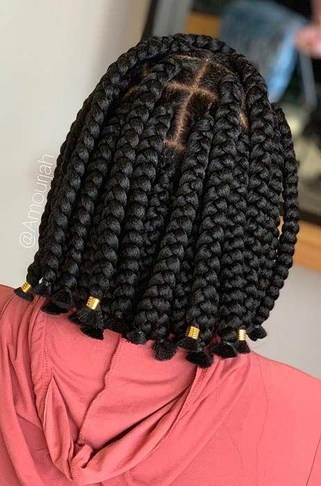 23 Short Box Braid Hairstyles Perfect For Warm Weather Stayglam Boxbraidshairstyles In 2020 Short Box Braids Hairstyles African Braids Hairstyles Short Box Braids