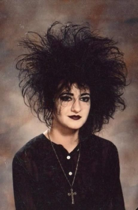 The Gothic Alice — Trad goth look, and made my hair fluffier