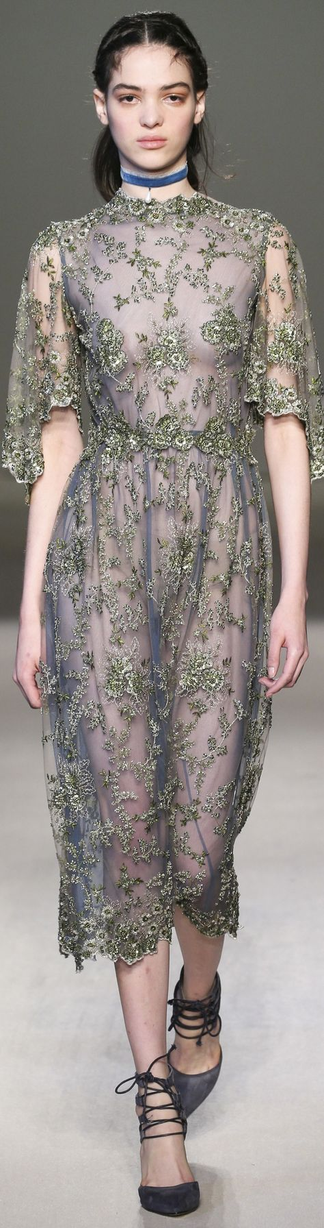 Luisa Beccaria fall 2016 RTW vogue