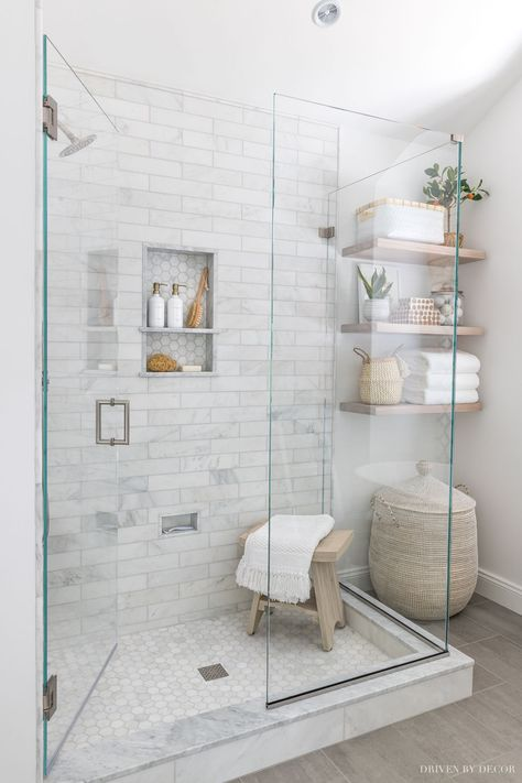 We chose the ultra-clear Starphire glass for our shower enclosure - more details in the post! Bathroom Renos, Remodel Bathroom, Small Shower Remodel, Master Bath Remodel, Bathroom Layout, Washroom, Glass Shower Enclosures, Frameless Glass Shower Doors, Bad Inspiration