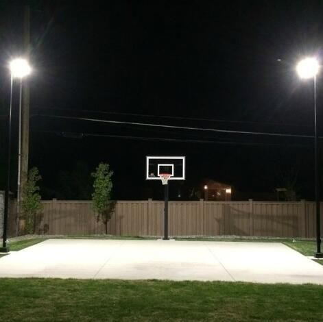 Does The Outdoor Basketball Court Lighting Choose Halogen Or Led Floodlights Outdoor Basketball Court Led Parking Lot Lights Outdoor