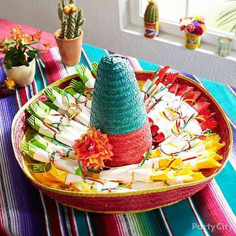 14 Cinco de Mayo Party Ideas Inspired by Papel Picado - Fiesta theme party - Party Mexican Birthday Parties, Mexican Fiesta Party, Fiesta Theme Party, Grad Parties, Mexico Party Theme, Fiesta Gender Reveal Party, 40th Birthday Party Themes, Graduation Party Themes, Mexican Hat