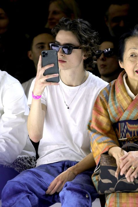 Timothée at the Haider Ackermann show today! Beautiful Boys, Pretty Boys, Beautiful People, Timmy T, Haider Ackermann, Celebs, Celebrities, Photo Archive, Fashion Week