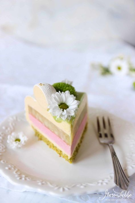 Photo of panna cotta torte