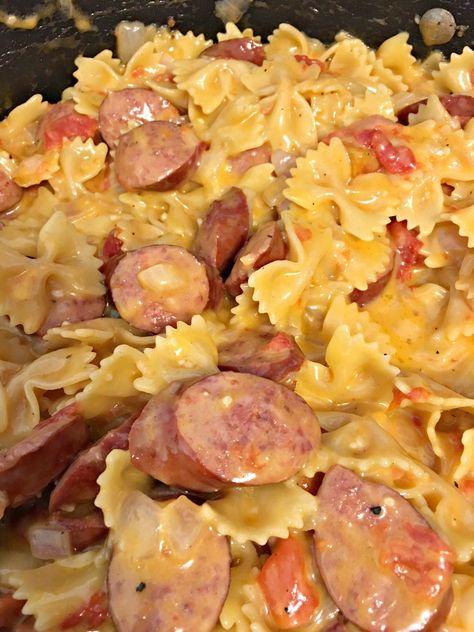Easy Recipe:  One Pot Smoked Sausage Pasta