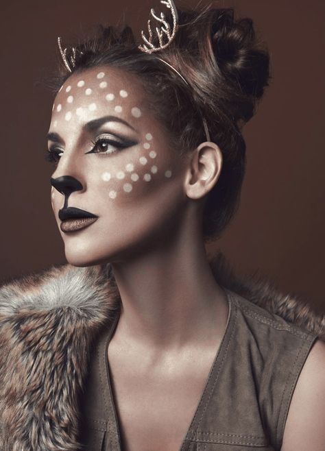 Are you looking for ideas for your Halloween make-up? Browse around this site for creepy Halloween makeup looks. Easy Halloween Makeup, Maquillage Halloween Simple, Halloween Makeup Looks, Couple Halloween Costumes, Halloween Ideas, Deer Costume For Kids, Creepy Halloween, Halloween 2019, Halloween History