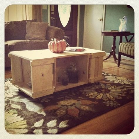 Shabby, industrial coffee table!