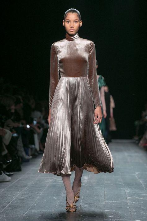 Maria Grazia Chiuri and Pierpaolo Piccioli present their latest collection.