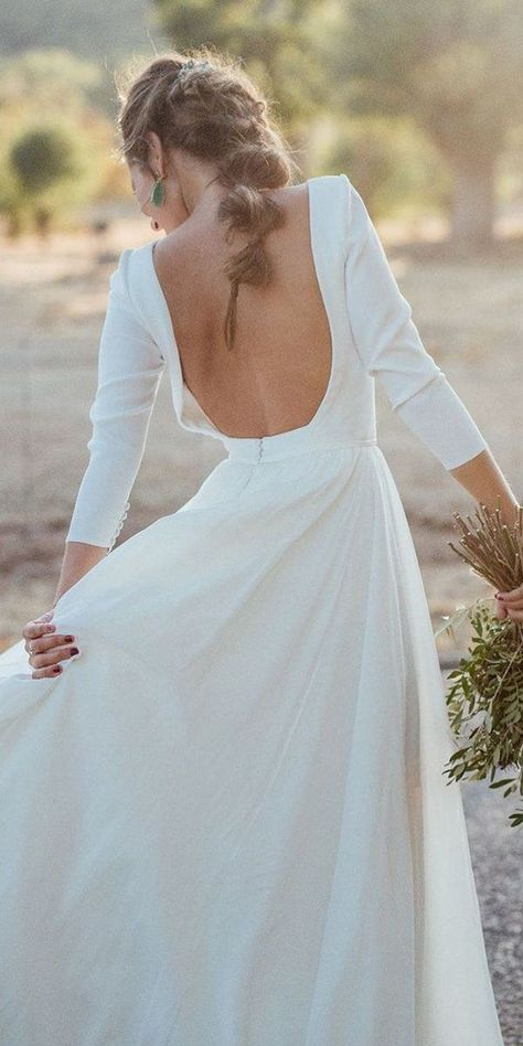 30 Sophicticated Backless Wedding Dresses ❤ backless wedding dresses a line with long sleeves simple kiwo estudio Simple Wedding Dress With Sleeves, Wedding Dress Low Back, Long Wedding Dresses, Long Sleeve Wedding, Wedding Dress Sleeves, Dresses With Sleeves, Wedding Dress Casual, Ball Dresses, Ball Gowns