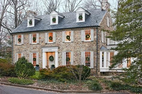 20 New England Colonial Architecture Side Hall Colonial Colonial House House Exterior Stone Houses